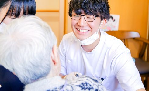 訪問歯科診療(患者様・介護事業者の皆様へ)